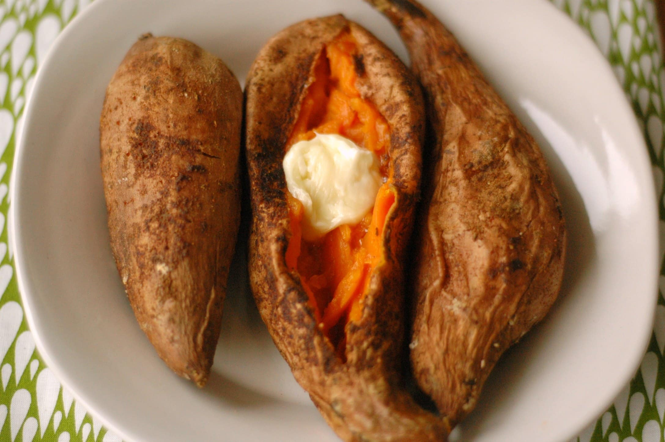 Slow Cooker Salt and Spice Rubbed Sweet Potatoes