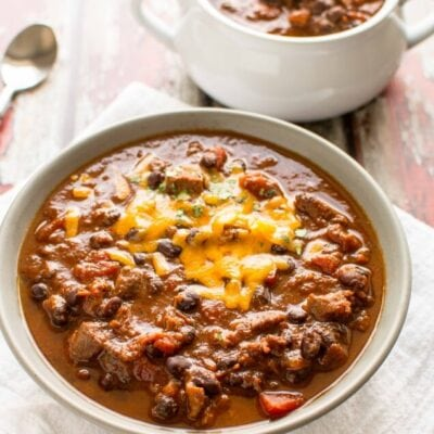 Slow Cooker Beefy Chili