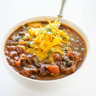 Slow Cooker Ancho Beef and Jalapeno Chili