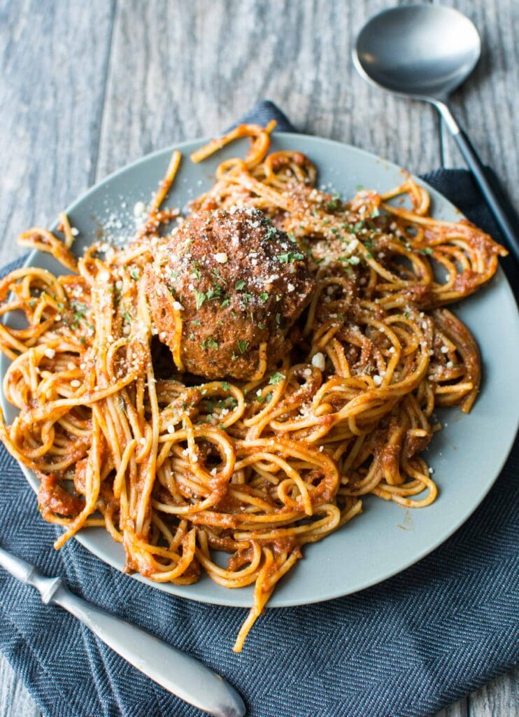 Slow Cooker Spaghetti and Meatballs-4
