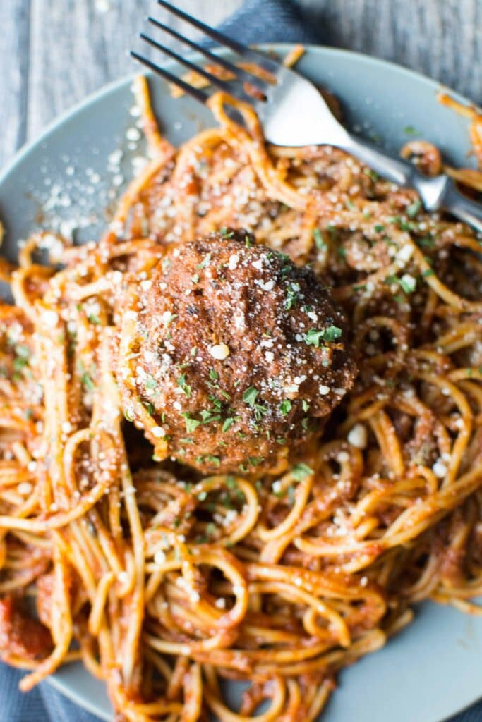 Slow Cooker Spaghetti and Meatballs-5