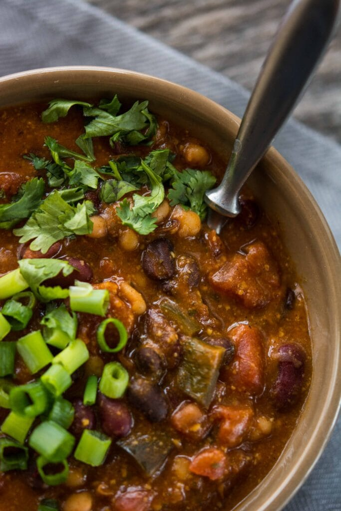 Slow Cooker Cheesy 3 Bean Chili