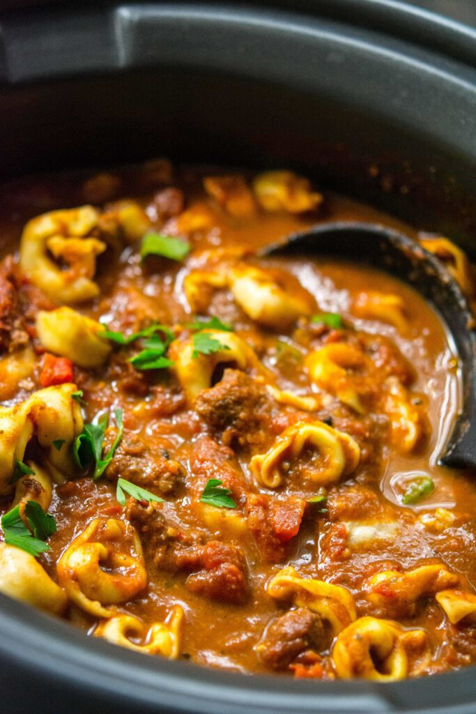 Slow Cooker Spicy Beef Tortellini Soup