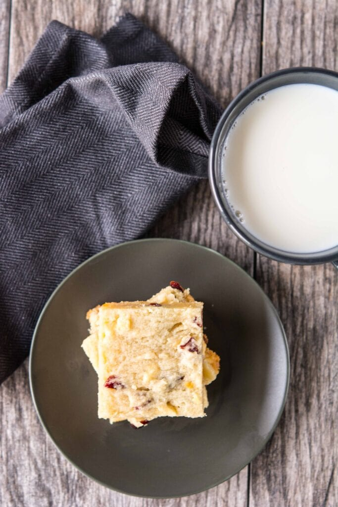 Slow Cooker White Chocolate Cranberry Bars