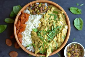 Slow Cooker Apricot Curry Chicken