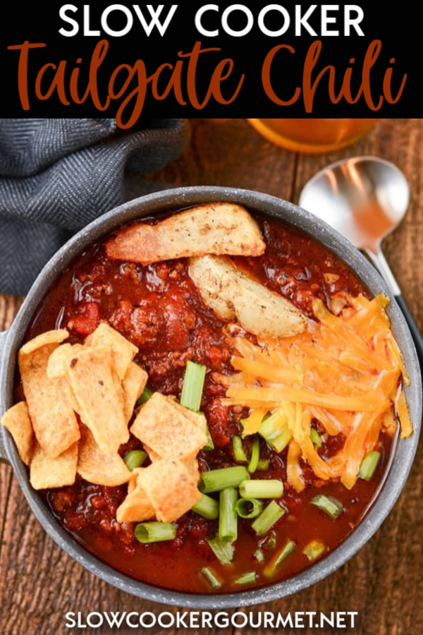 Knock it out of the park at your tailgates this fall with this crowd pleasing Slow Cooker Tailgate Chili! #slowcooker #tailgate #chili #beer #beef #pork
