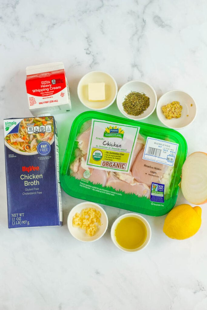 ingredient layout for slow cooker chicken thighs